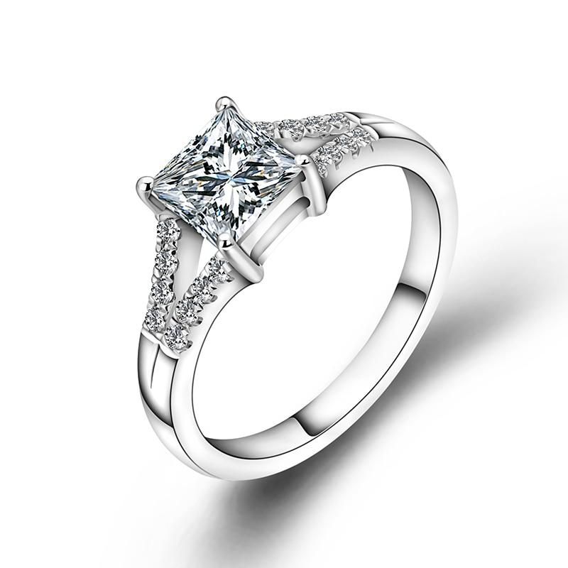 Bague de fiançailles mode 18 k or blanc 1ct princesse coupe Moissanite diamant bague de mariage pour les femmes