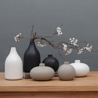 Fashion Japanese Zen Ceramic Vase Modern Personality Simple Chinese Home Antique TV Cabinet Decoration Ornaments Vase 31
