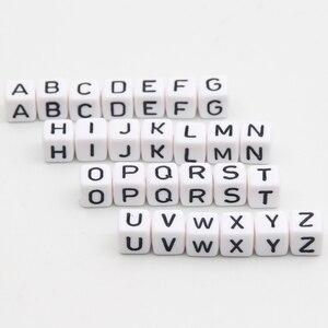 """Image 1 - Acrylic Letter Hạt 550 Cái """"AZ"""" Alphabet Thư Cubic Hạt Trắng 10x10 mét Bé Teether Vòng Cổ & Pacifier Clip Spacer"""