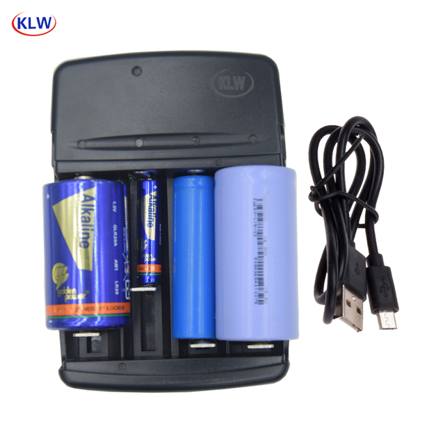 4 slots Smart USB Battery Charger for Rechargeable C A AA AAA AAAA 1.5V Alkaline 3.2V LiFePo4 32650 22650 18650 battery charger