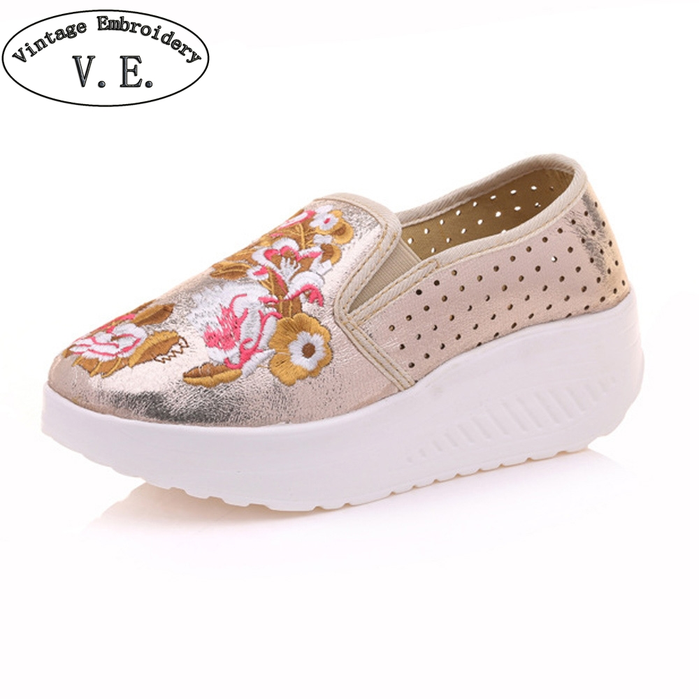 Women Flats Shoes Shiny Leather Floral Embroidered Platform Woman Soft Travel Shoes Apato Feminino Plus Size 41 vintage embroidery women flats chinese floral canvas embroidered shoes national old beijing cloth single dance soft flats