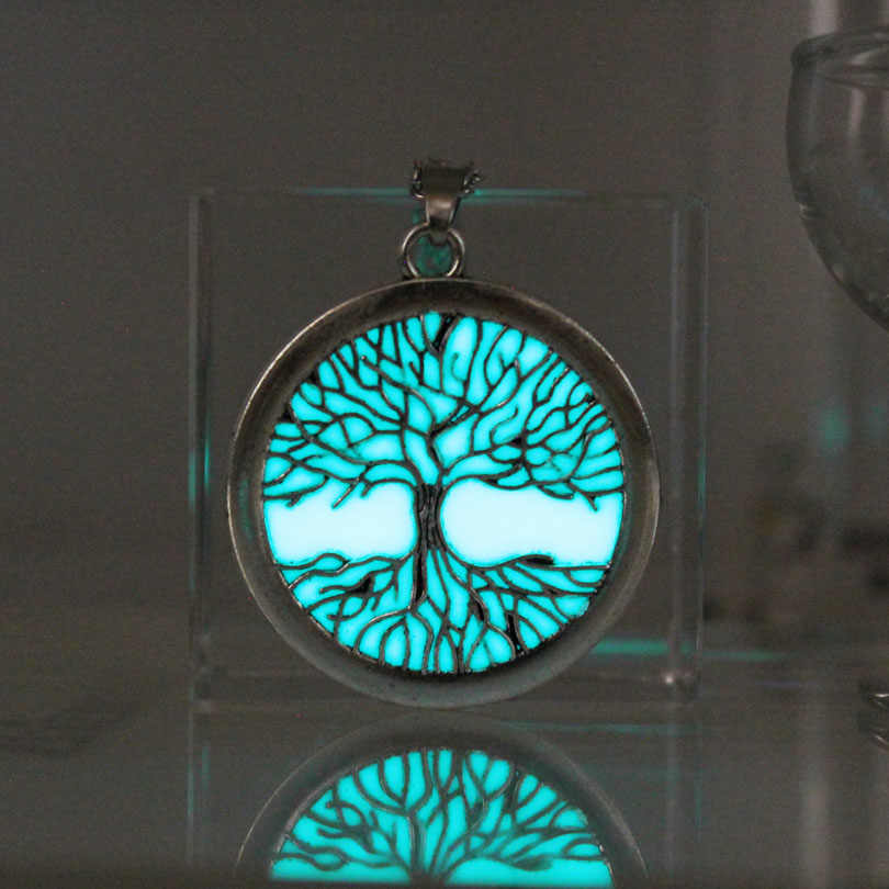 tree of Life necklace glowing Necklace Pendants tr Chain Fashion Jewelry glow in the dark women girl necklace