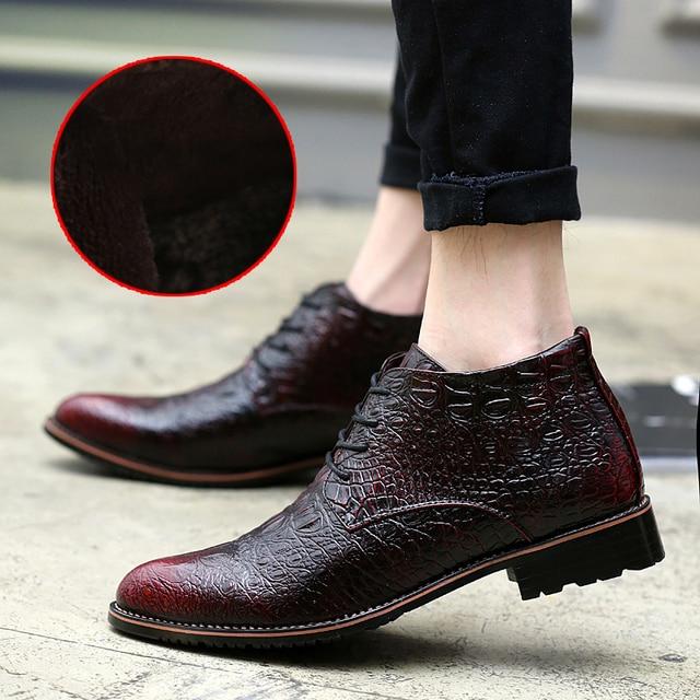 Botas de invierno de Los Hombres Calientes Zapatos de Cuero de Moda Top del Alto de Piel botas Zapatos De Vestir Italiano Señaló Botas Nuevos Zapatos de la Oficina de Negocios rojo