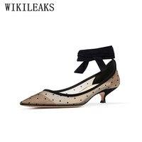 Diseñador punta estrecha gladiador zapatos de mujer tacones altos zapatos de boda italianos euros lujo marca tobillo correa zapatos de las mujeres de san valentín
