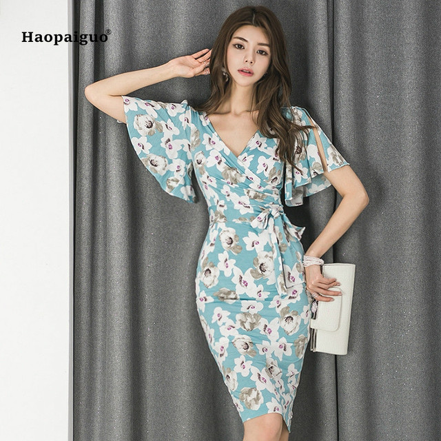 7ce71c27d28e 2018 Pencil Dress Women Summer Blue Print Short Flare Sleeve V-neck Knee-length  Casual Office Floral Dress Elegant Party Dresses