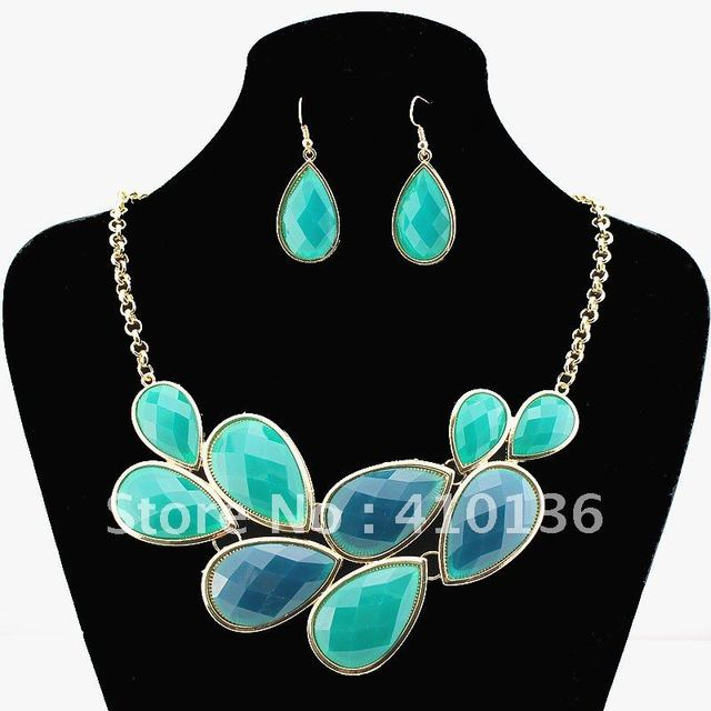 PN1203321 Fanshion Pendant Necklace Green Resin Gold Plated Top Elegant New Arrival Party Gift Free Shipping