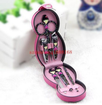 100sets/lot FreeShipping Wholesale hot set baby nail clippers doll nail scissors set new peculiar Russian doll beauty nail suits
