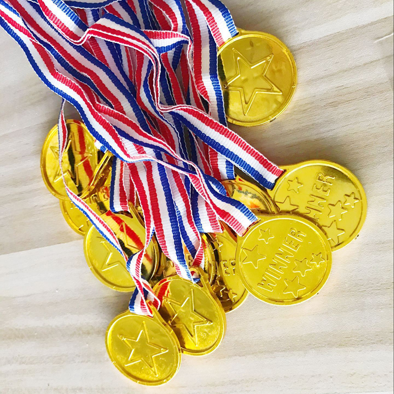 2018 China Champion 1Pcs Plastic Children Gold Winners Medals Kids Game Sports Prize Awards Toys Favor Gift For Children