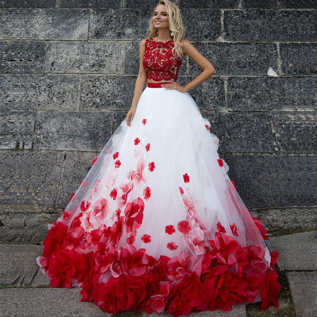 Beautiful Red And White Wedding Dress: 3D Flower Bohemia White Red Lace Tank Wedding Dresses