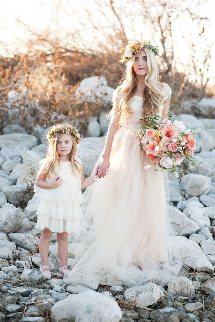 2016 Modest 2 Pieces Mother Daughter Matching Dresses Lace Liques Sheath Beach Boho Wedding Long Bohemian Bride Gown In From