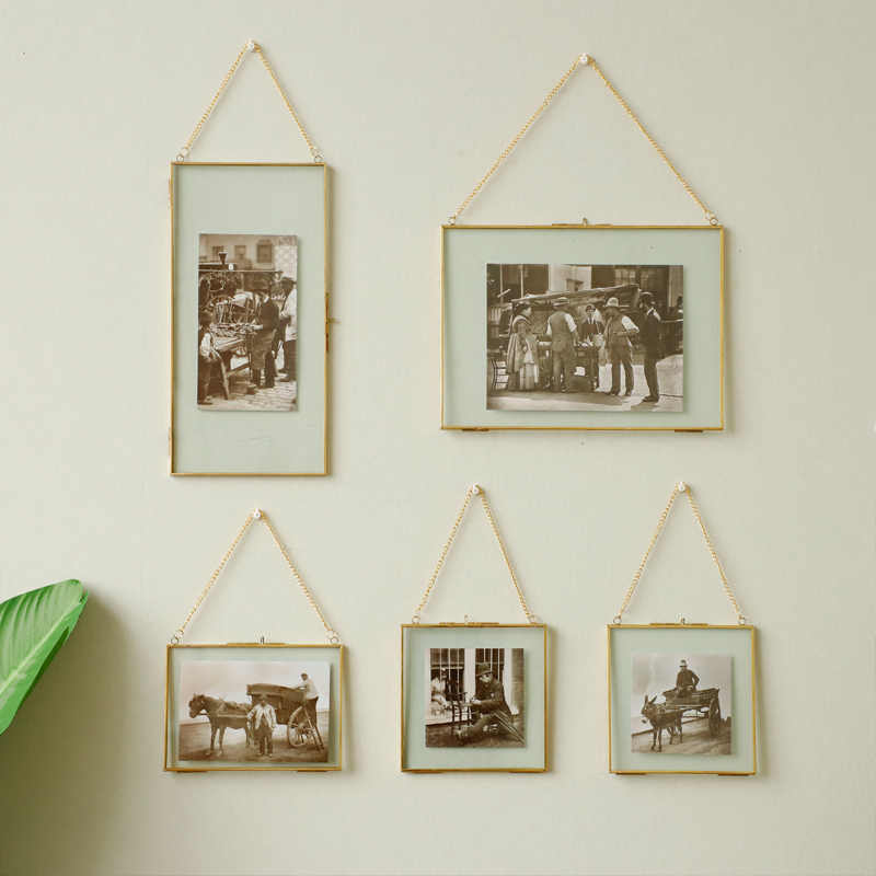 Simple square metal edging glass photo frame, glass specimen box, creative living room wall picture frame pendant