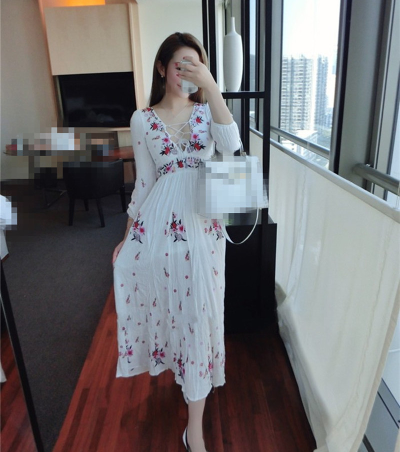 2018 Summer Vintage Boho Long Maxi Dress White Floral Embroidery Cotton Dress Casual Lantern Sleeve Bohemian Tassel Dresses цена