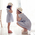 Мать дочь платья 2017 Семьи Соответствующие Наряды полосатый платье семья clothing мать и дочь одежда