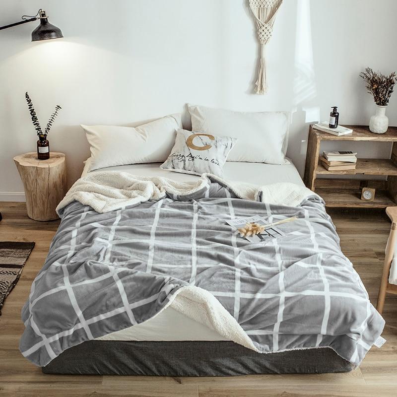 Plaid Queen Size Blanket Soft Cheap Berber Fleece Blanket