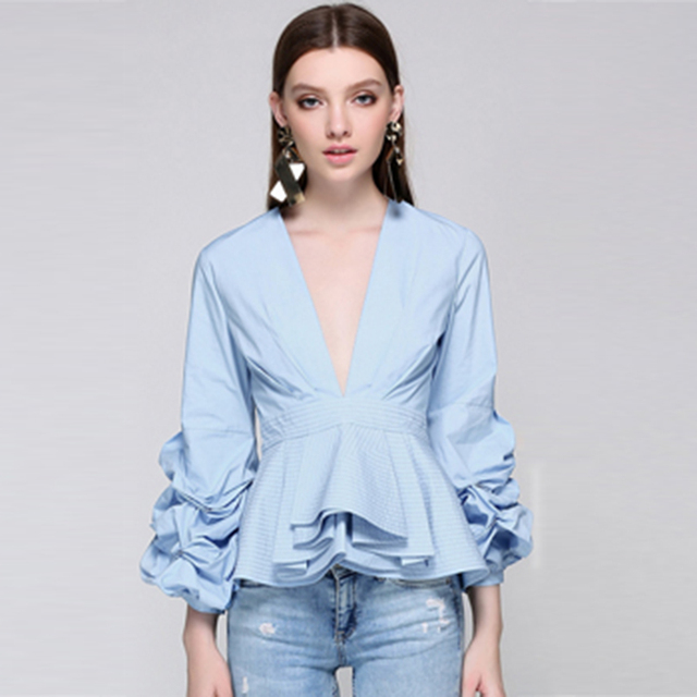 f2fb9e4a79 Newest Fashion 2018 Runway Designer Tops Blouse Women s Sexy Deep V Neck  Lantern Sleeve Ruffle Blouse