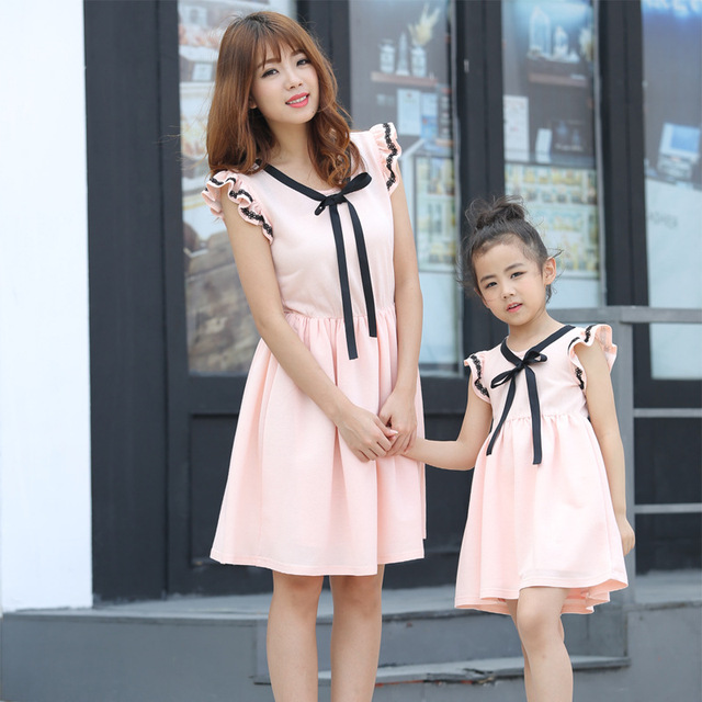 34891a559a Fashion Family Clothes Sleeveless Dress Mother Daughter Matching Dresses Mom  and Daughter Dress Summer Family Girls Clothing