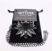 Vintage On Line Game The Witcher 3 Necklace Wild Hunt Wolf Head Pendant And Card Bag Retro Necklaces&Pendants For Men Boys' Gift(China)