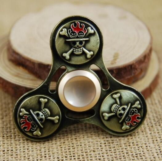 2017 High quality New skull Tri Spinner Hand Spinner For Autism Hand Fidget Spinner Toy gifts