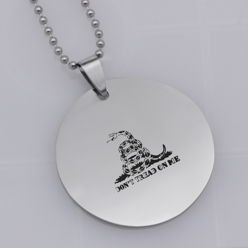Ufine FPS game pendant fortnite dont tread on me pendant stainless steel jewelry necklace Customed words or name necklace N474