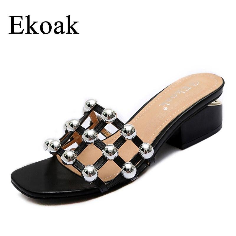 Ekoak 2017 Nuevo cuadros Remaches Mujer Sandalias verano Zapatos Mujer moda tacones altos gladiador mujeres sandalias deslizador de la playa