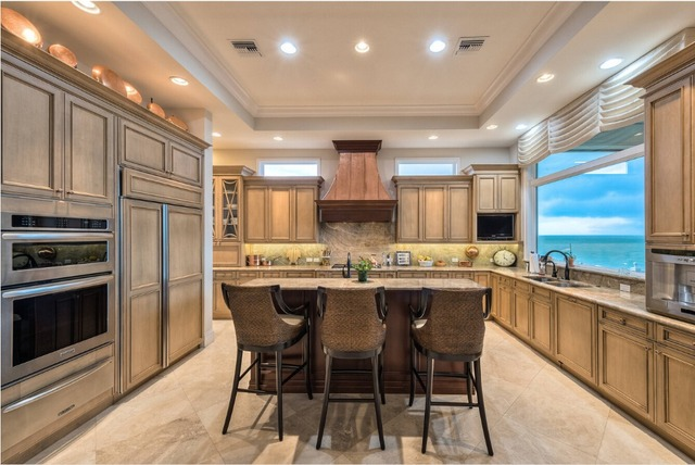 2017 solid wood kitchen cabinets customized made traditional wooden kitchen furnitures S1606117