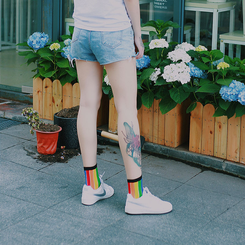Rainbow Socks Women Coloured Vertical Stripe Socks Kawayi Cute Casual Ventilation Student Girls Street Funny Socks Rayon High
