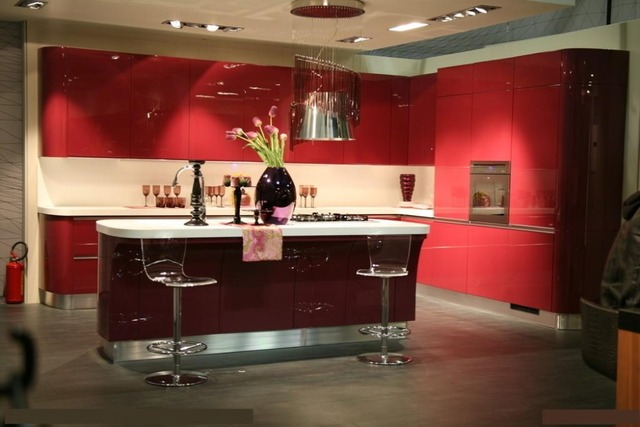A Prueba De Humedad Del Gabinete De Cocina De Laca De Color Rojo En - Cocinas-color-rojo