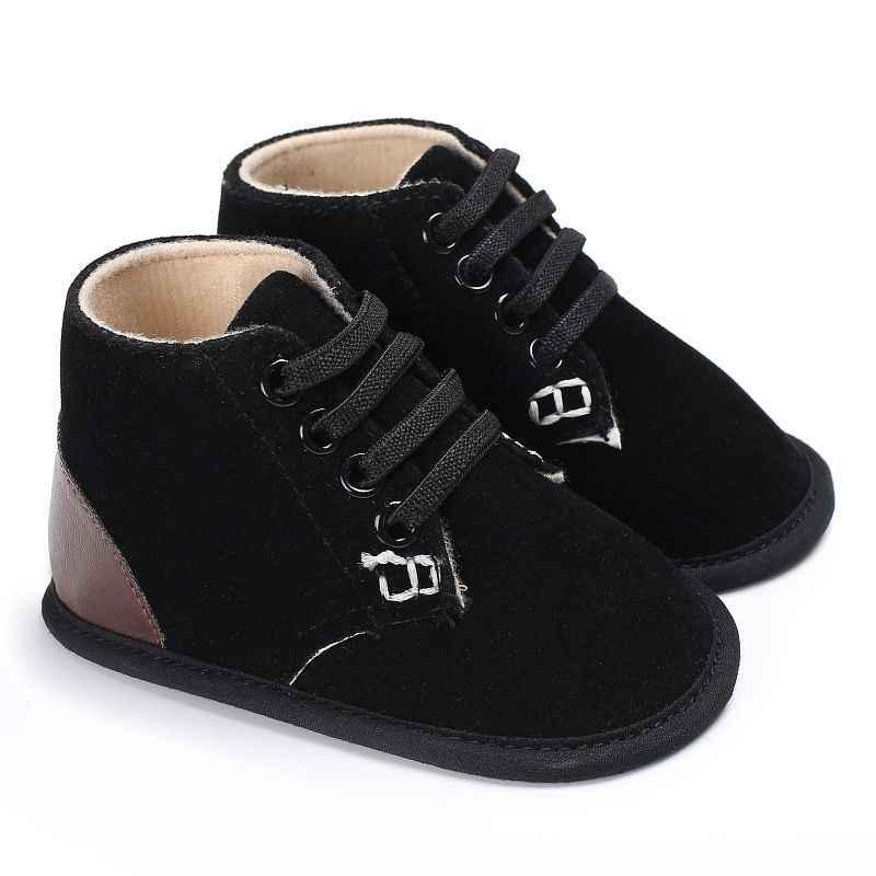 Для маленьких мальчиков и девочек мягкие кроссовки осень-зима противоскользящее дно Детская кроватка Bebe Детская Повседневное обувь для малышей