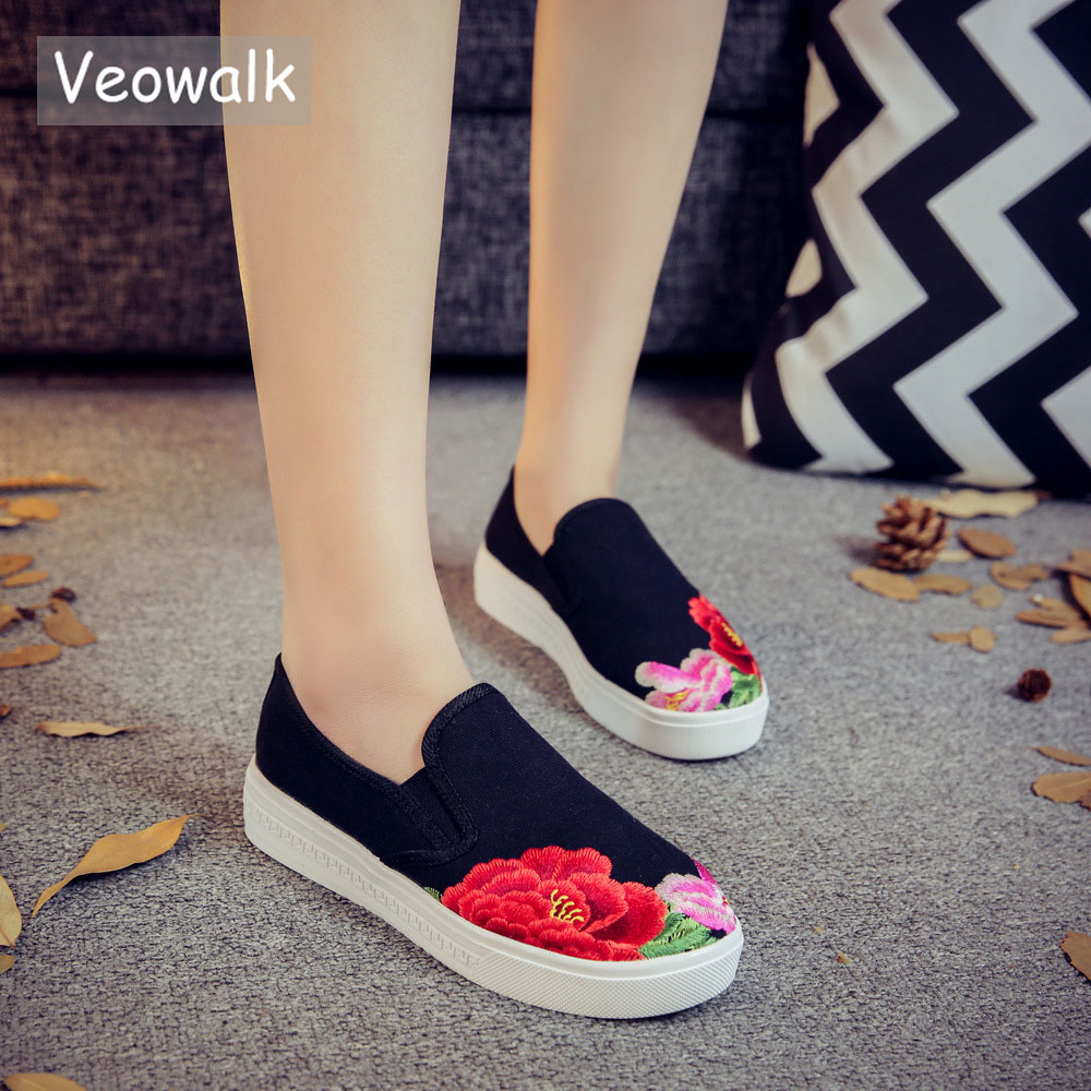 Veowalk Floral Embroidery Women's Casual Canvas Flat Platforms Loafers Low Top Fashion Slip-on Shoes for Ladies Zapatos Mujer цена