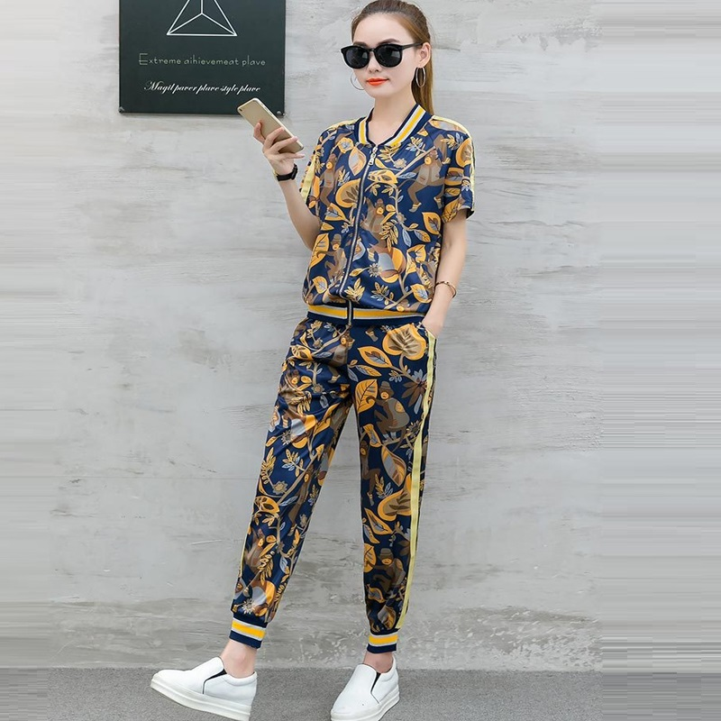 Tracksuit Women Casual Pant Suit 2019 New Summer Two Piece Set Women short sleeved Zipper Jacket And Pencil Pants Suits Sets