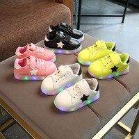 جديد 2017 كول led المضاء ماركة أزياء جديدة تنفس الفتيات الفتيان أحذية الأطفال حذاء طفل الأحذية لطيف قليلا شحن مجاني