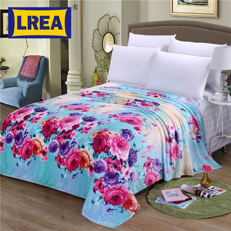 Brand big size Home Textile flower coral fleece blankets adult cover on the bed bedclothes Towels can be as bed sheet LREA