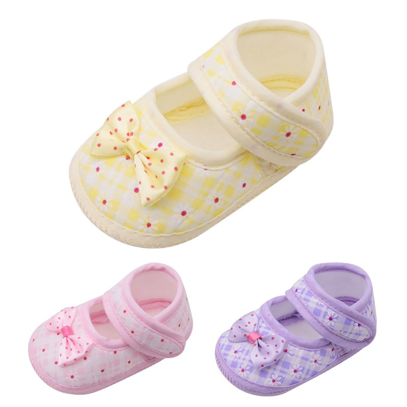 Cute Baby Shoes For Girls Soft Shoes 2018 Spring Black Flower Baby Girl Sneakers Toddler Boy Newborn Shoes First Walker 2018