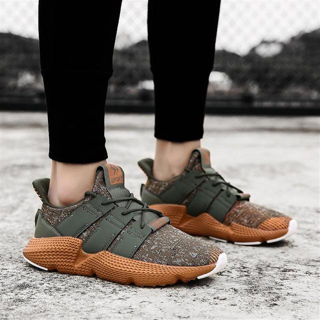 2018 Homens Primavera Sapatos Casuais e outono Voar Tecelagem Sapatos Confortáveis Alta Qualidade Respirável Amortecimento Tênis Calçados Para Homens