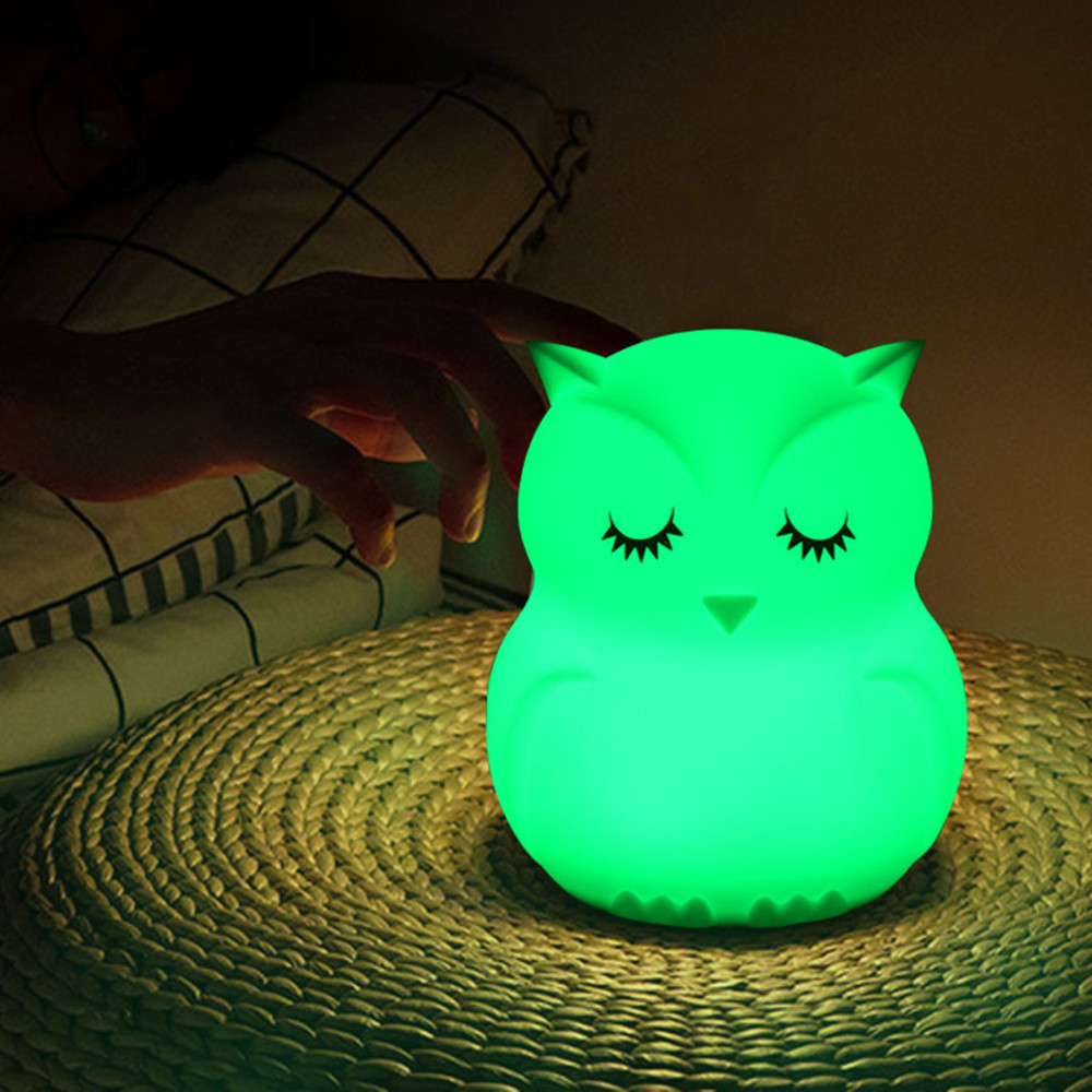 Touch Sensor 9 Colors Owl LED Night Light Remote Control RGB Timer Silicone USB Rechargeable Bedroom Bedside Lamp for Children (Medium Owl with Remote Control)
