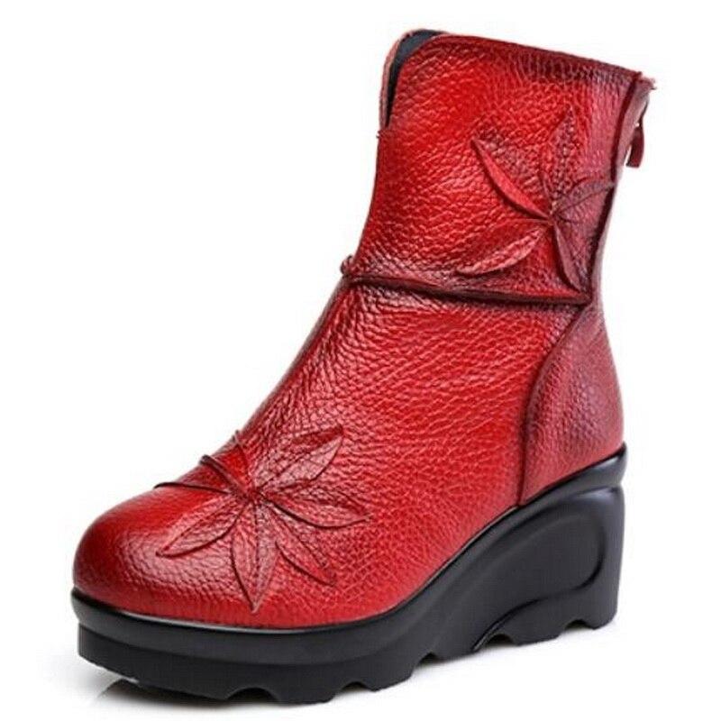 แฟชั่นใหม่ผู้หญิงหนังแท้บู๊ทส์ในช่วงฤดูหนาวรองเท้าสบายๆผู้หญิงเวดจ์รองเท้าแฮนด์เมดผู้หญิงรองเท้าข้อเท้า-ใน รองเท้าบูทหุ้มข้อ จาก รองเท้า บน   2