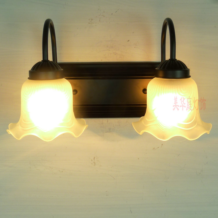 European style wall lamp  Shipping retro corridor lamp bedside lamps simple double bedroom mirror light garden lighting B2-2