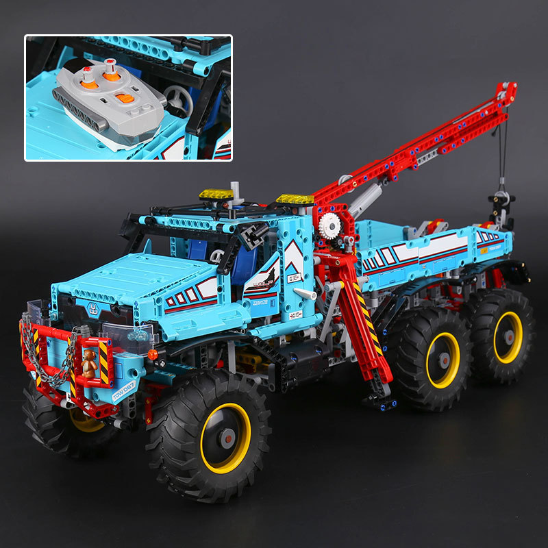 Lepin 20056 1912pcs Technic Series The Ultimate All Terrain 6X6 Remote Control Truck Set Building Blocks Bricks Toys Model 42070 lepins 1912pcs technic series the ultimate all terrain 6x6 remote control truck building blocks bricks toys model figures gift