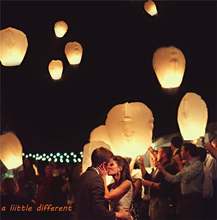 18-flying-paper-sky-lanterns-chinese-wishing-lanterns-559910