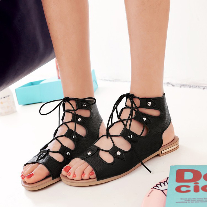 HEE GRAND 2018 Frauen Mode Sandale Wohnungen Bequeme Sandalen mit Spitze-up Mujer Flip-Flop-Frauen Strand Urlaub Schuhe XWZ4921