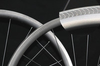 700C Carbon Rims 30/38/45/50mm U Shaped 25mm Wide New Textured Braking Track With Powerful Braking Carbon Road Bicycle Wheels