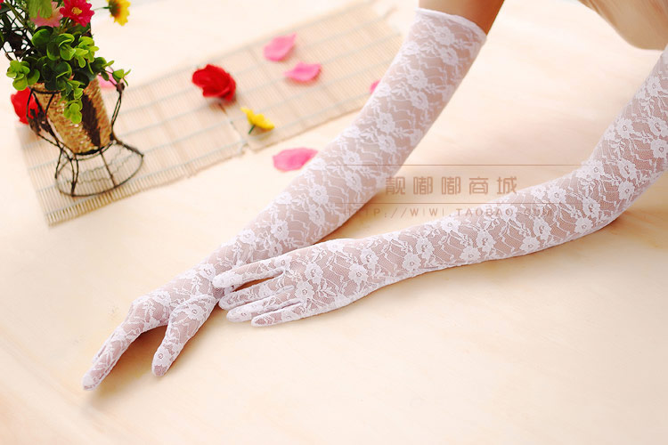 52CM Sexy Female Jumpsuit Accessories Fingers Gloves, Driving Gloves, Sunscreen UV Thin Lace Gloves Summer