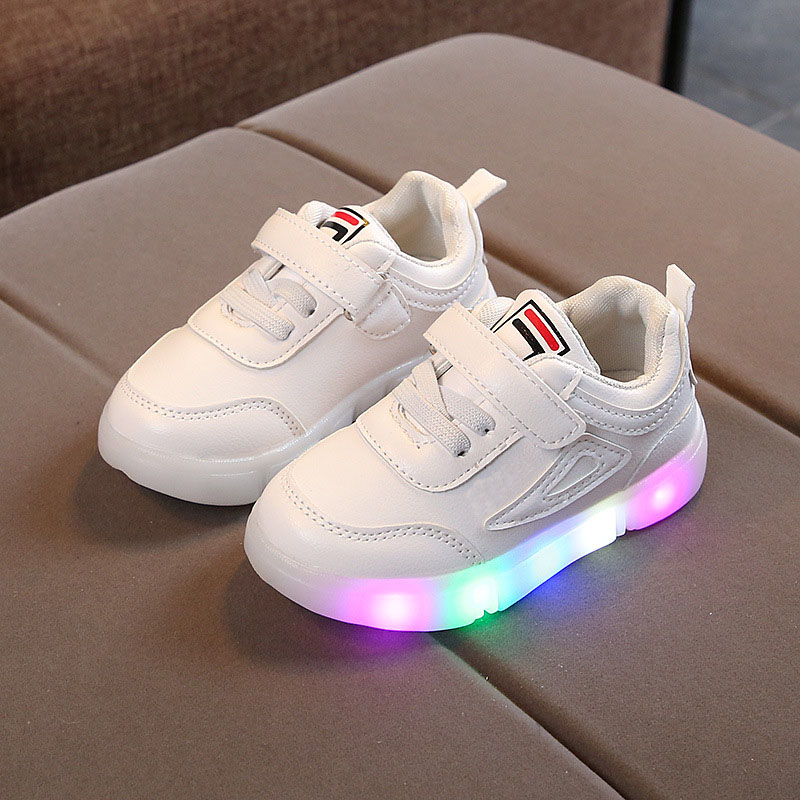 все цены на LED breathable lighted shoes children Hoop&Loop Lovely baby boys girls shoes sports high quality infant tennis kids sneakers