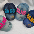 Мальчики и девочки весной и летом моде джинсовые бейсболки ребенок шляпа открытый вс шляпа путешествия обложка детские ВЗРЫВА вышивка chapeu