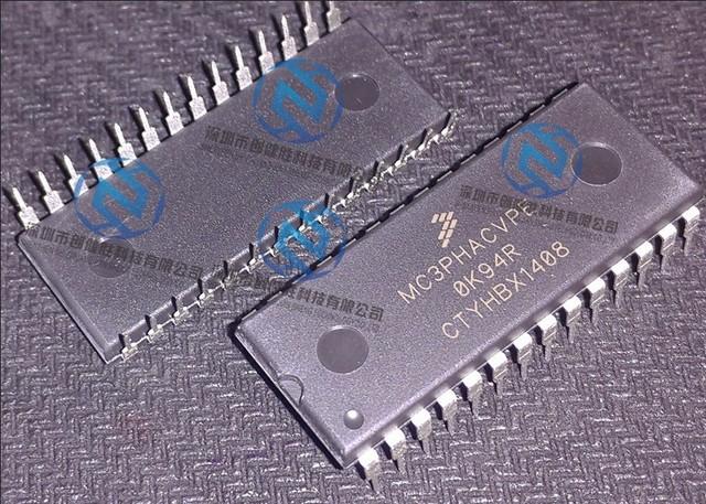 O original 1 PÇS/LOTE MC3PHACVPE MC3PHAC DIP28 MC3PHACVP Melhor qualidade