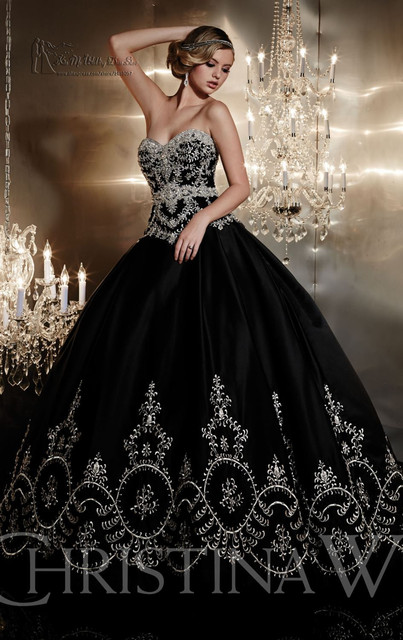 Hot Sale Embroidery Black Quinceanera Dresses 2017 Gothic Sweetheart