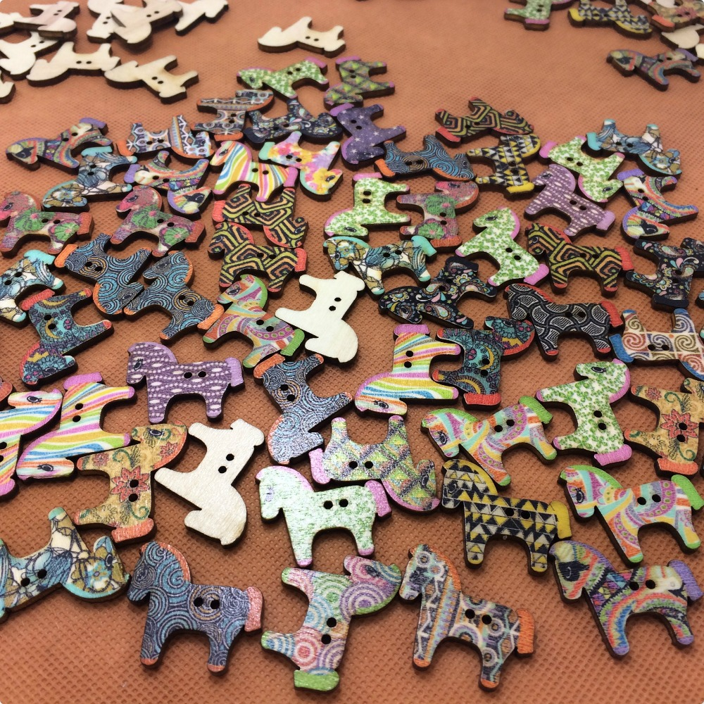 Sale!!! 2015 new 100pcs/sets 2 Holes Mixed Color horse Wooden Buttons Fit Sewing Craft Scrapbooking 25X28mm accessories