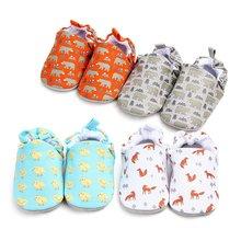 Туфли для новорожденных мягкие мокасины без застежки мультяшный