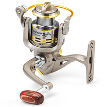 2017 New Arrival 8 BB fish ratio 5.1:1 1000-7000 Series Spinning Fishing Reel crank handle steering wheel for Freshwater Saltwat