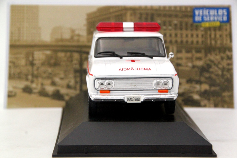 Altaya 1:43 Chevrolet Veraneio AMBULANCIA Diecast Models collection voitures IXO